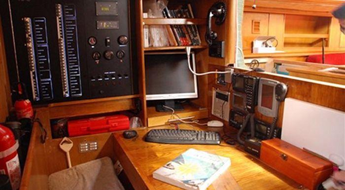 1988-77-7-techni-marine
