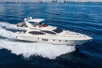 2005 68' Azimut-68 Plus with Flybridge Fort Lauderdale, FL, US