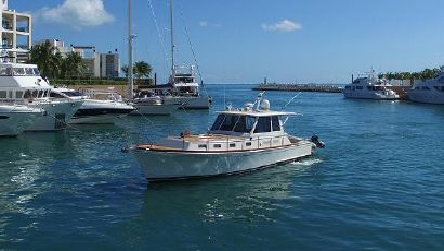 2004 43' Grand Banks-43 Eastbay HX Cancun, MX