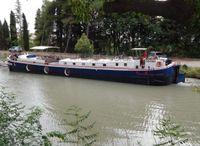 1937 Barge Live aboard
