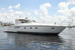 2000 52' Tiara Yachts-5200 Express Tampa, FL, US
