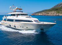 2010 Custom Line Navetta 33