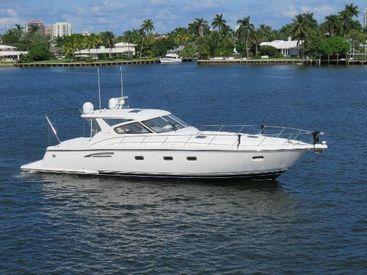 2000 52' Tiara Yachts-5200 Express - 3 Stateroom Fort Lauderdale, FL, US