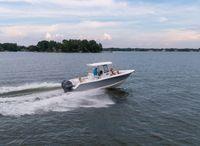 2022 Sea Hunt Gamefish 27 w Forward Seating
