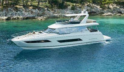 2016 70' 4'' Prestige-680 FR