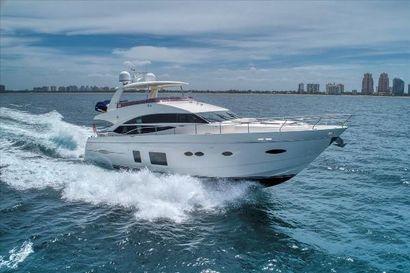 2015 72' Princess-72 Fly Dania Beach, FL, US