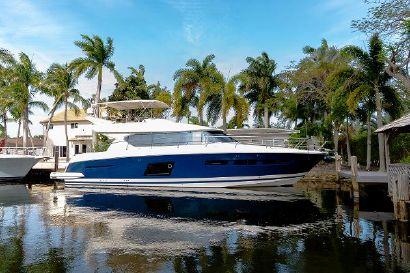 2013 62' Prestige-620 S Fort Lauderdale, FL, US