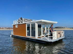2022 Vamos Houseboat 3.2 SW