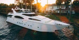 2006 100' Azimut-100 Jumbo Fort Lauderdale, FL, US