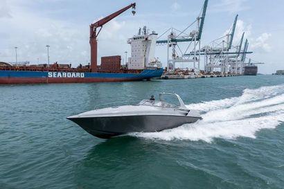 2016 38' Fountain-38 Express Cruiser Fort Lauderdale, FL, US