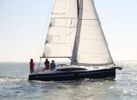 2022 RM Yachts 890+