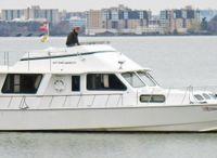 2007 Kenner Suwanee Flybridge Cruiser