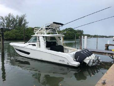 2016 42' Boston Whaler-420 Outrage Miami Beach, FL, US