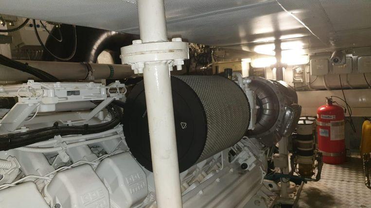 2009-86-azimut-86s