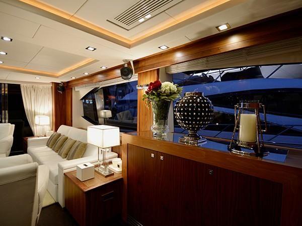 2011-88-sunseeker-flybridge-motor-yacht