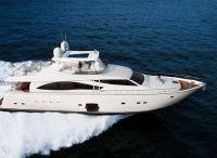 2009 Ferretti Yachts 830