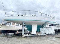 1990 J Boats 44'