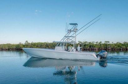 2022 44' Contender-44ST Fort Lauderdale, FL, US