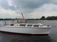 1969 Motor Yacht Polyflash 915