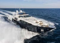2013 Ferretti Yachts Custom Line 100