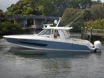 2018 42' Boston Whaler-42 OUTRAGE Jupiter, FL, US