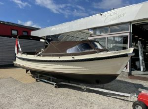 2011 Interboat Intender 770 2011