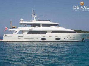 2011 Ferretti Yachts Navetta 33