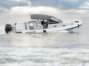 2021 PIRELLI Speedboats 35 Outboard
