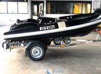 2019 PIRELLI Speedboats J33 Black Edition