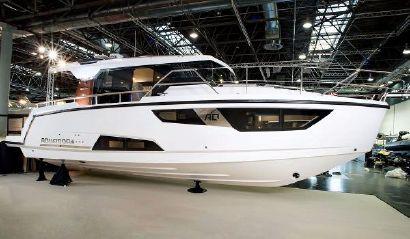 2017 33' 9'' Aquador-35 Aq Hamble, E19, GB