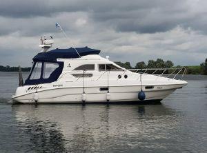 2001 Sealine F33