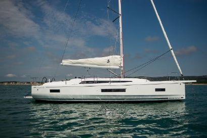 2021 138' 6'' Beneteau-Oceanis 40.1 Split, HR