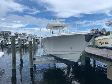 2017 32' Edgewater-320CC Jupiter, FL, US