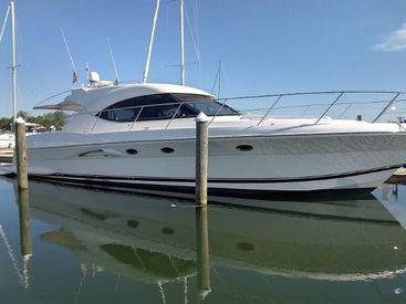 2013 50' Riviera-5000 Sport Yacht Clayton, NY, US