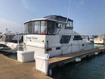 1989 44' Carver-42 Motor Yacht Sturgeon Bay, WI, US