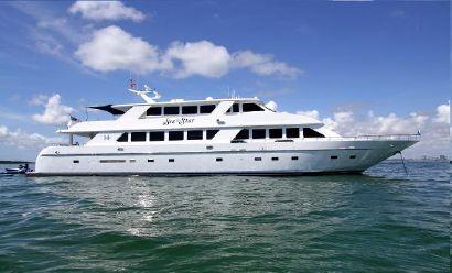 2001 109' Hargrave-Tri Deck Fort Lauderdale, FL, US