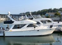 2002 Bayliner 3988 Motor Yacht with THRUSTER