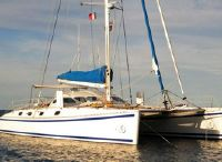 2000 Outremer 50L