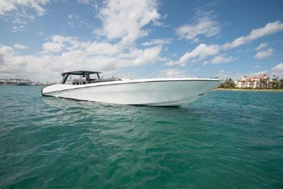 2021 53' Custom-CSR Powerboats V53 Miami Beach, FL, US