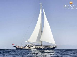 1983 Experts Yachts Cavalier 92