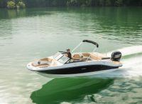 2022 Sea Ray SPX 210 Outboard