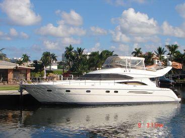 2003 61' Viking-Sport Cruiser Fort Lauderdale, FL, US