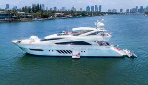 2009 95' Dominator-29M Fort Lauderdale, FL, US