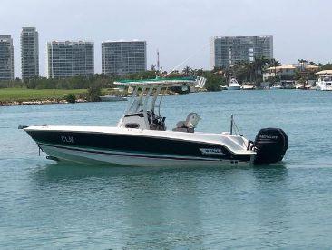 2017 23' Boston Whaler-230 Outrage Cancun, MX