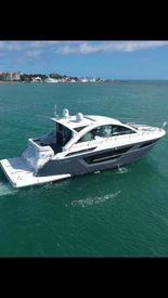 2019 50' Cruisers-50 Cantius Miami, FL, US