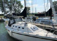 1988 Canadian Sailcraft CS 30