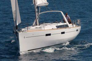 2016 45' 9'' Beneteau-Oceanis 45 Windermere, E09, GB