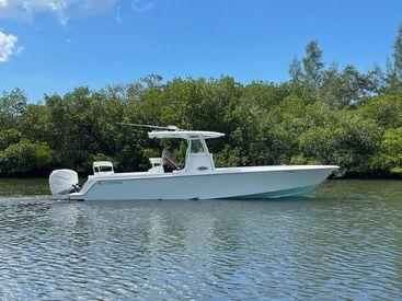 2017 32' Contender-32 ST Sarasota, FL, US
