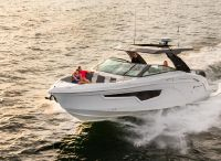 2022 Cruisers Yachts 34 GLS Outboard