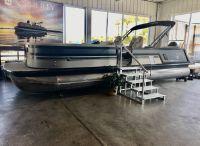 2021 Misty Harbor Viaggio- DIA.- D26Q Diamonte Quad Seating